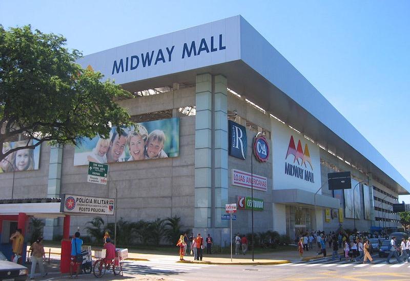 Fachada do shopping Midway Mall em Natal