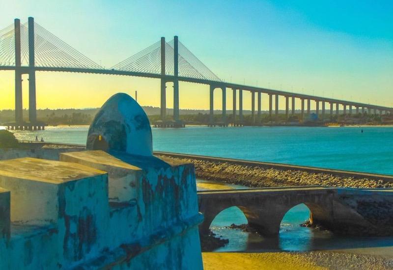 Forte dos Reis Magos e Ponte Newton Navarro em Natal