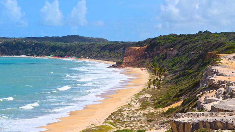 Paisagem das falésias na Praia de Pipa