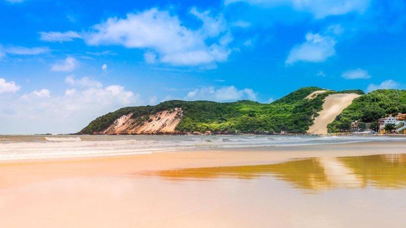 Paisagem da Praia de Ponta Negra em Natal